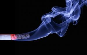 Auch Rauchen kann Allergien begünstigen.