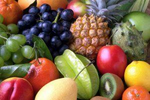 Bei einer Fruktoseintoleranz kann gerade der Verzehr von Obst zu Beschwerden im Magen-Darm-Bereich führen.
