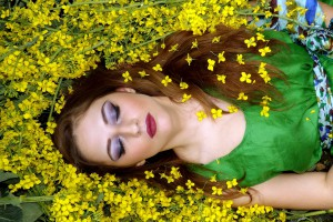 Für den Schlaf gilt es bei einer Pollenallergie das Schlafumfeld möglichst pollenfrei zu halten.