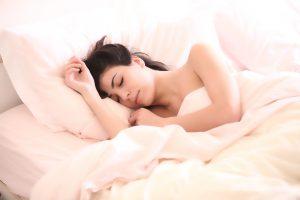 Genügend Bettruhe ist bei Erkältungen wichtig zur Genesung.