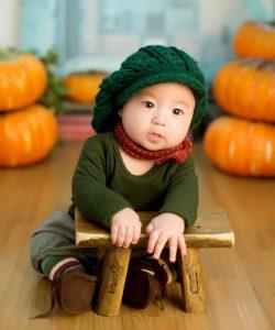 Man sollte Kinder nicht mit zu großer Hygiene aufwachsen lassen. So schützt man sie am besten vor Allergien.