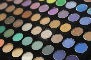 Auch Kosmetika können Konservierungsstoffe enthalten.
