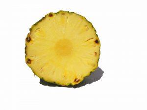 Der Verzehr von frischer Ananas kann zu Symptomen führen.