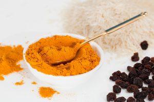 Das Currygewürz selbst besteht aus bis zu 30 Inhaltsstoffen.