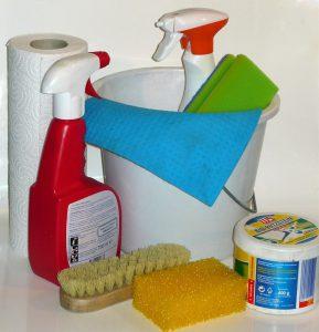 Auch Reinigungsmittel können stark chlorhaltig sein.