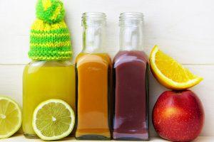 Auch Fruchtsäfte sollten bei einer Obstallergie gemieden werden.
