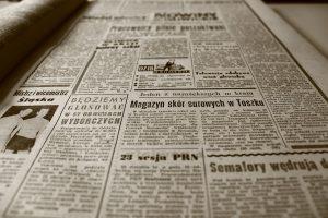 Auch Zeitungspapier kann zu einer Kolophoniumallergie führen.