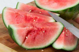 Bei der Melonenallergie kann die beliebte Wassermelonen zu Beschwerden nach dem Verzehr führen.