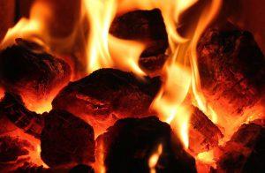 Entzündungen im Körper führen häufig zu brennenden Schmerzen.
