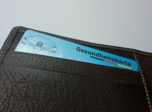 Auch ohne Versicherungsschutz müssen deutsche Ärzte ihre Patienten behandeln.