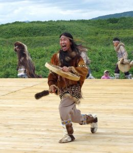 Naturvölker wie die Indianer setzten bereits auf alternative Heilkünste.