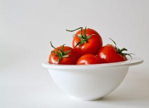Bestimmte Lebensmittel wie Tomaten können Allergien auslösen.