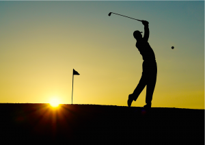 Was man beim Sport mit Allergien beachten sollte. Wenn möglich, wie beim Golfen, sollte man lange schützende Kleidung, Kopfbedeckung, Sonnenbrille und Handschuhe tragen, um sich vor Allergenen zu schützen.
